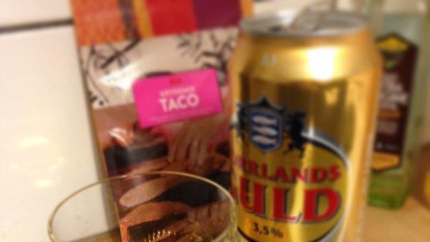 Stilleben of the day. #whisky #tacos #beer