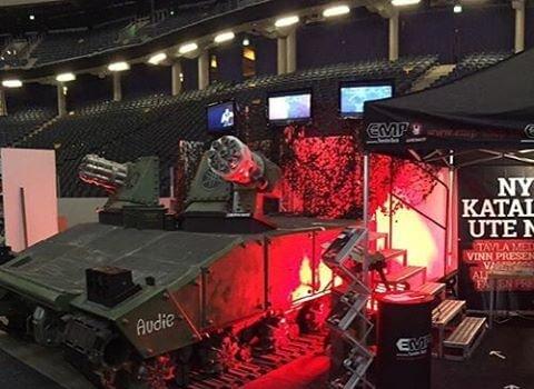Dagens arbetsplats. Comic Con på Friends arena. Sabaton signing session kl 13.00