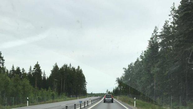 Baksidan av Sweden Rock är alltid resan hem.